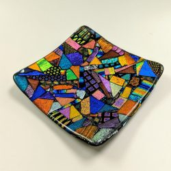 Fused glass dichroic plate